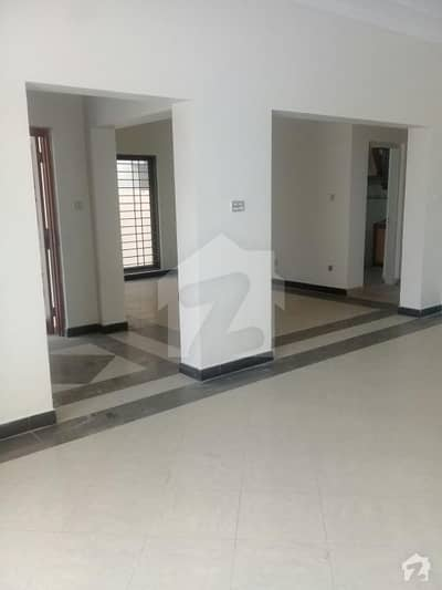 10. marla portion for rent in Punjab society mohlanwal
