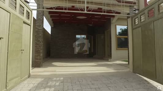 Single Storey Bungalow Is Available For Sale In Gulshan-E-Iqbal Lalazar 2