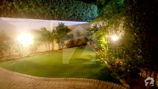 Classy Owner Built 400 Yards Villa With Lush Green Lawn And Ample Car Parking