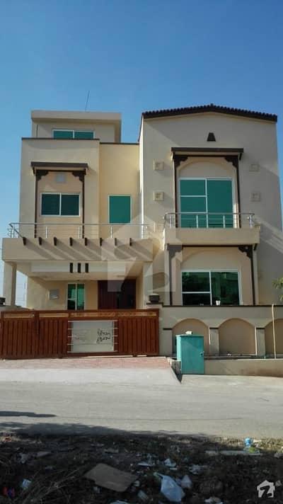 Brand New 3 Bedroom Upper Portion For Rent Usman Block