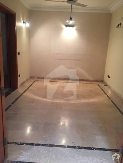 250 Yards Well Maintained House Is For Sale