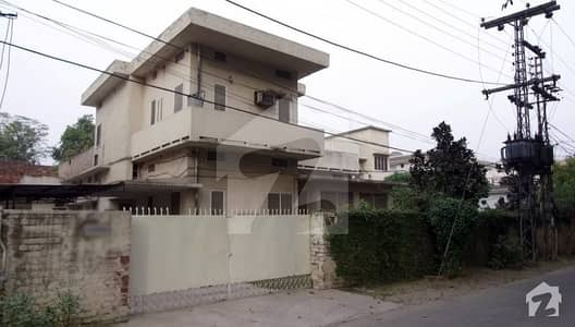 42 Marla Old Bungalow On Banaras Road Ext Near Gpo In Cantt