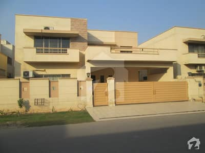 4 Bed Big House In Askari 10 Sector F For Rent