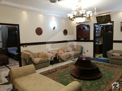 3 Beds Ground Floor Small Complex In Block 8 Clifton Karachi
