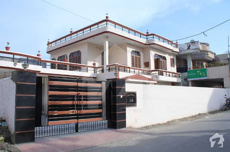 Model Town Sialkot 10 Marla House Is Available For Sale