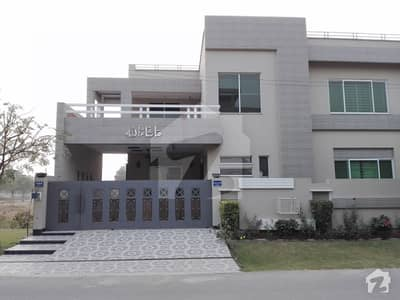 1 Kanal Brand New Corner House Available For Sale