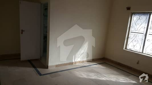 30 X 55 Size Full House Is For Rent In G9 Area In 70000 Only