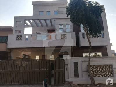 Majeed Sons Estate Offers Wapda Town Phase 1 Lahore 11 Marla Beautiful Luxury House For Sale In J2 Block Wapda Town Lahore