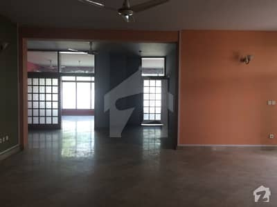 G-9 Upper Portion For Rent 3  bed With Attach Bath 40X80