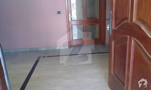 RENT ESTATE Offer 1 Kanal Upper Locked Lower Portion for Rent in DHA Phase 3