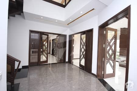 DHA Ph-4 One Kanal Galleria Design Brand New House With Basement Facing Park