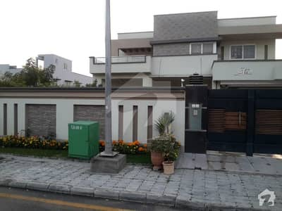 10 Marla Excellent Located House For Rent In Bahria Town