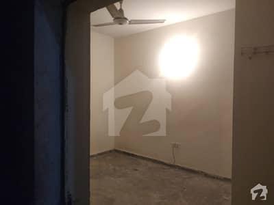 Hostel Room For Rent