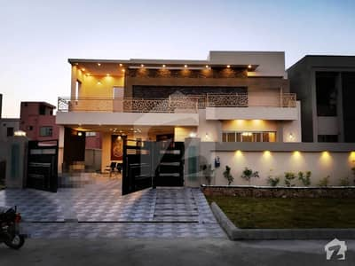 1 Kanal Brand New Designer Bungalow For Sale In Valencia Town Lahore
