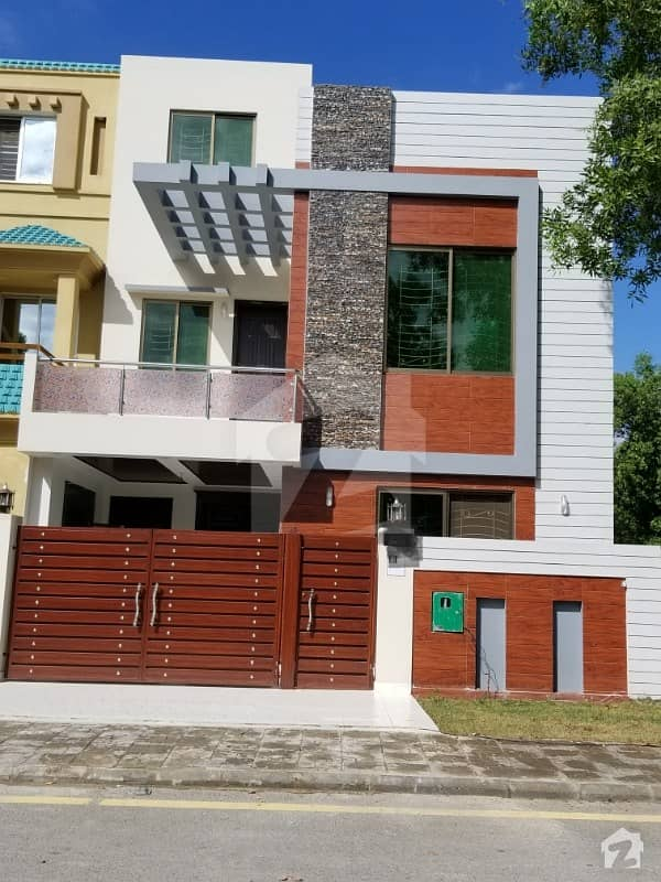 5 Marla Double Story Beautiful Brand New House For Sale In Bahria Nasheman Ferozepur Road Lahore