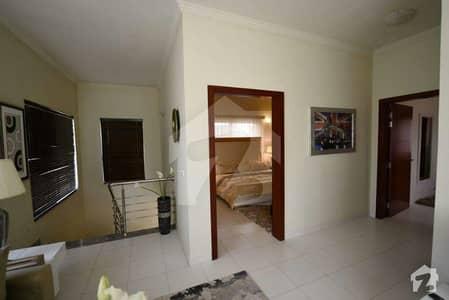 200 Sq Yd Quaid Villa For Rent