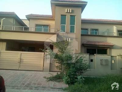 10 Marla Tipu Design 4 Bed House for sale in Askari 11 Sector B