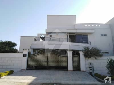 28 Marla Beautiful House Is Available For Sale In River Garden