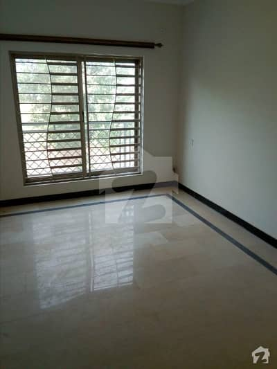 Outstanding 3 Bed Flat For Sale In Askari 14