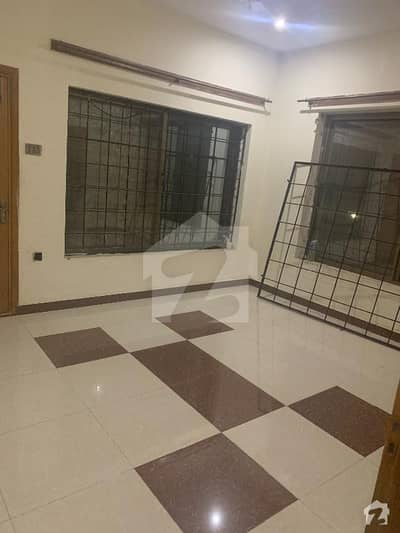 Portion For Rent Aqqa Baba Street Railway Road University Town
