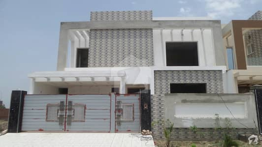 Model City 2 Royal Villas Jaranwala Road House Is For Sale
