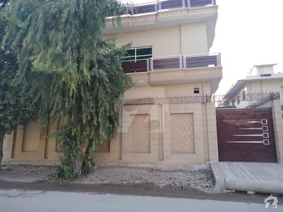 In Main Hayatabad Phase 1 Sector D2 House Is Available For Sale