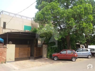 26 Marla Self Constructed Bungalow Lahore Cantt