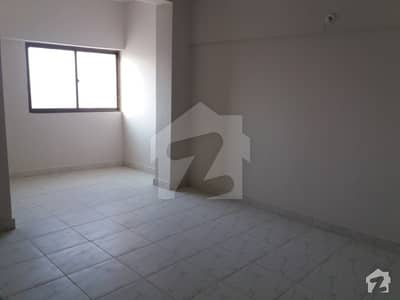 4 Room Flat For Rent