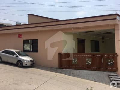 New Lalazar 6 Marla Corner Single Story Extreme Location House for Sale