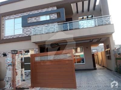 10 marla brand new house