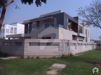 Corner Location 1 Kanal Ultra Modern Brand New Bungalow For Sale