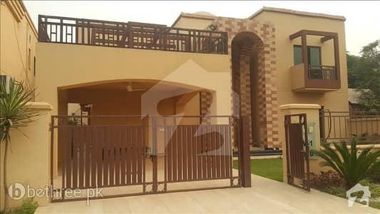 1 Kanal Deluxe House for immediate saleLake City Lahore