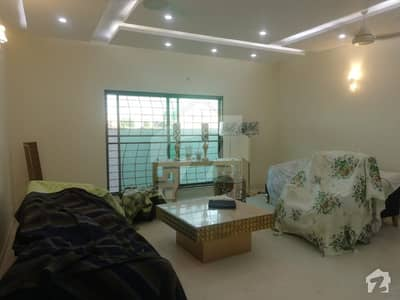1 Kanal House at very ideal location in Lake City  Sector M1