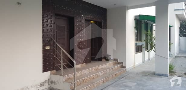 1 Kanal Full House For Rent In DC Colony - Kaghan Block