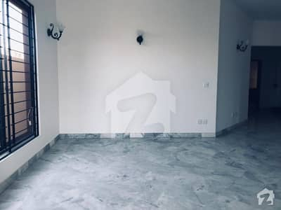 Dha Phase8   500 Sq Yard Ground Portion Available For Rent