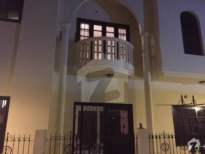 250 Square Yard Town House In Clifton Block 5
