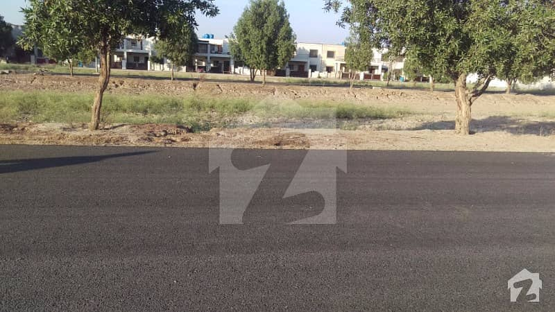At The Back Of Main Road Lowest Rate In Block N 5 Marla Residential Available For Sale