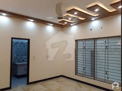 پاک عرب ہاؤسنگ سوسائٹی لاہور میں 2 کمروں کا 10 مرلہ زیریں پورشن 36 ہزار میں کرایہ پر دستیاب ہے۔