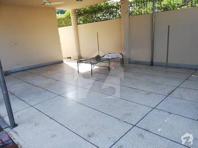 100 percent real picture One kanal full house for rent in cantt CMA Colony