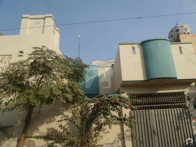 Double Storey Beautiful House Available For Rent In Hussain Colony Okara