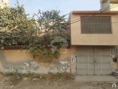 Single Storey Beautiful House Available For Rent In Hussain Colony Okara