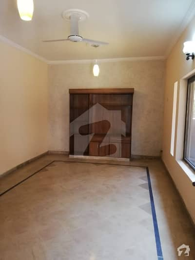 House For Sale On Peshawar Road