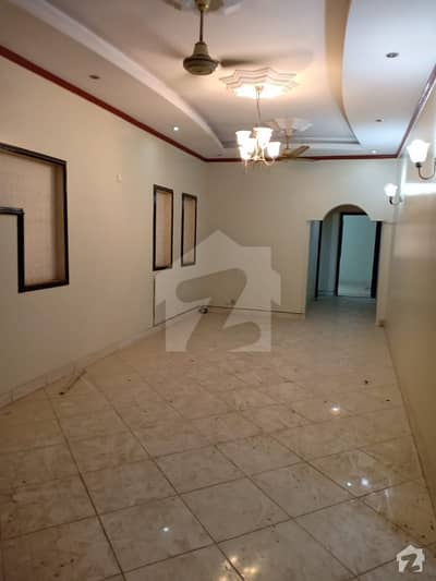 3 Bed Rooms Apartment For Rent Small Complex