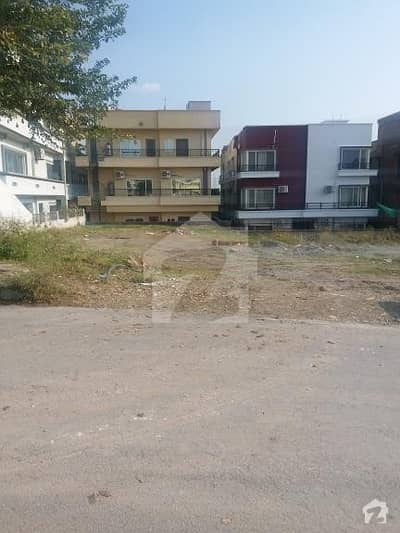 One Kanal Plot For Sale In Bahria Phase 3