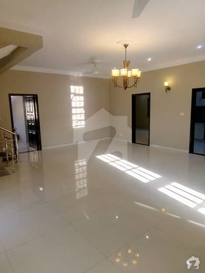 Bungalow For Sale In Phase 6 Prime Location Full Renovated