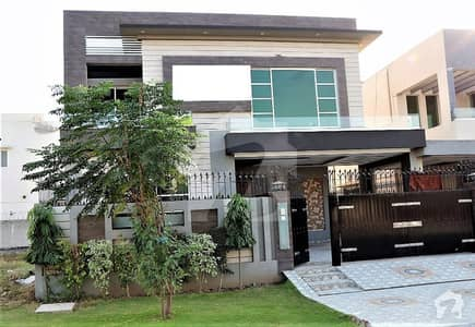10 MARLA BRAND NEW  DESIGN BUNGALOW PHASE 8 DHA