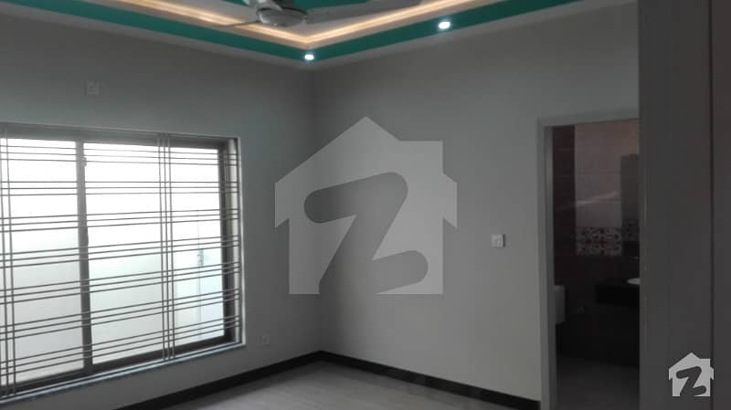 Beautiful House For Sale In Bahria Town Phase 8 Awais Block Rwp