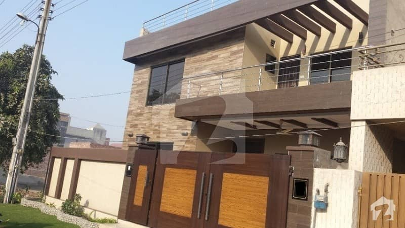 1 kanal double story 7 beds with servant room for rent in tariq gardens