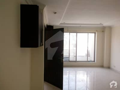600 Sq Ft 3rd Floor Flat For Sale In Bahria Town Civic Center Phase 4