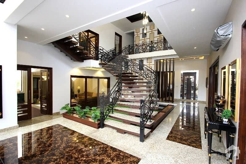 Beautifully Designed 1 Kanal Brand New House Is For Sale